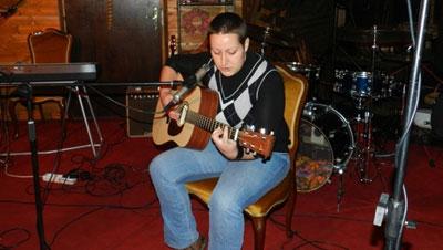 Ivana Bastašić @ 1st Hawk City Acoustic Night