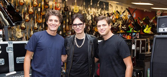 2Cellos & Steve Vai - Highway 2 Hell