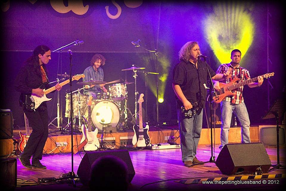Gruvanje Live @ Studio M - The Petting Blues Band